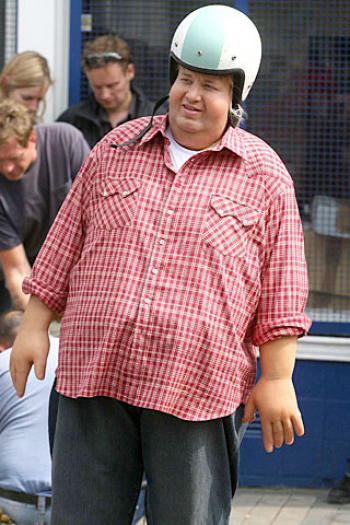 jamie oliver in a fat suit hocking healthy food