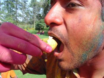 Holi golgappa at the Doors9JUICE Holi party in Delhi
