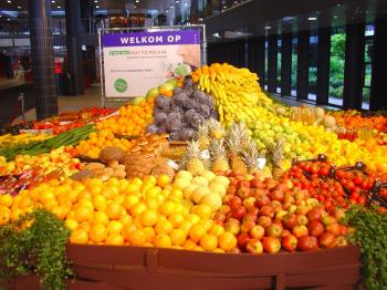 Display fruit at the FRESH Rotterdam fresh food fair
